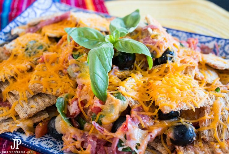 Triscuit Pizza Nachos – Ultimate Summer Snack